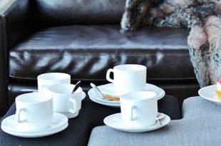 Ledersofa 310x205 - Formschöne Ledersofas bei DeWall Design