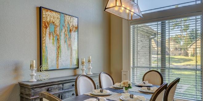 Esszimmer 660x330 - Beleuchtung: Helle Räume erhellen die Stimmung